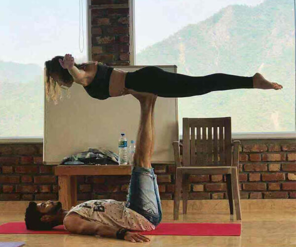 student-in-7chkras-yoga-school-in-rishikesh-india